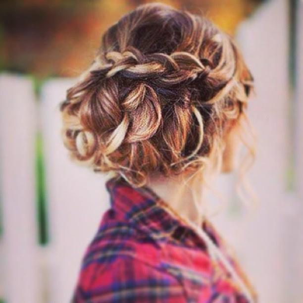 3 Super Easy Date Night Hairstyles For Busy Moms