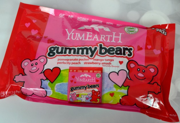 YumEarth-Gummy-Bears-03