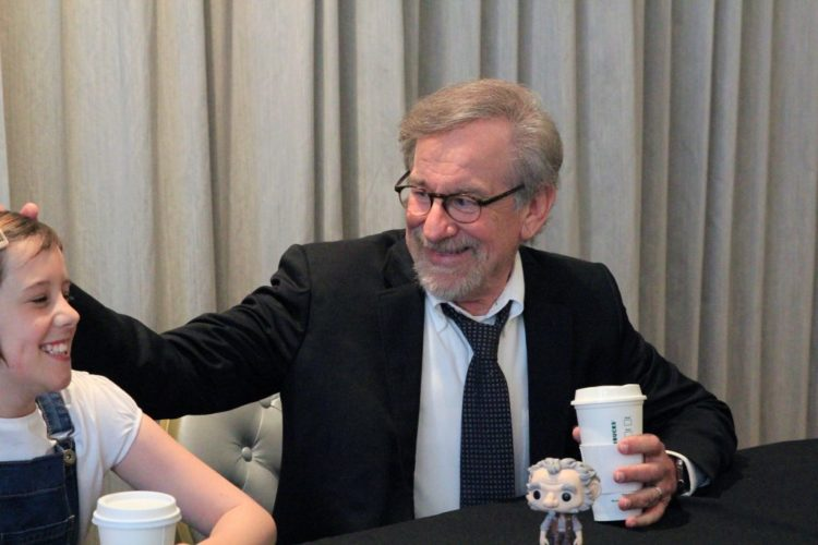 Steven-Spielberg-and-Ruby-Barnhill-1024x683
