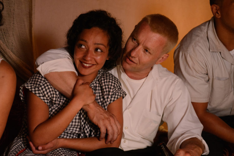 Ruth Negga (left) stars as Mildred and Joel Edgerton (right) stars as Richard in Jeff Nichols LOVING, a Focus Features release. Credit : Ben Rothstein / Focus Features