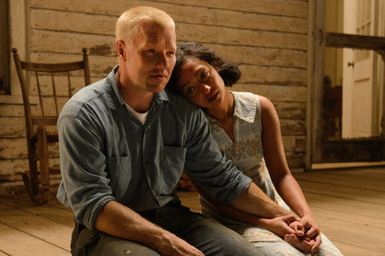 Joel Edgerton (left) stars as Richard and Ruth Negga (right) stars as Mildred in Jeff Nichols LOVING, a Focus Features release. Credit : Ben Rothstein / Focus Features