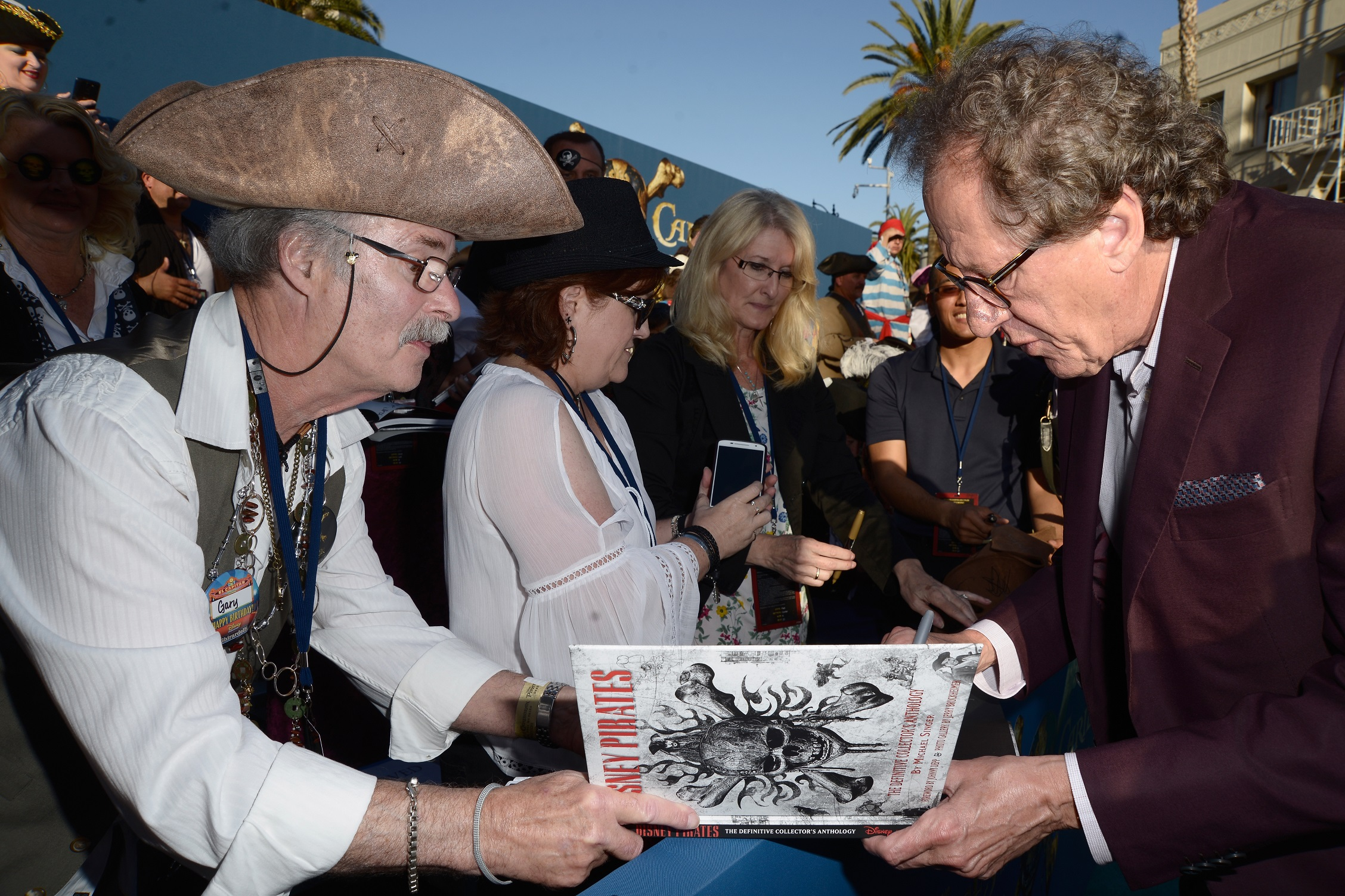 Setting Sail on the PIRATES OF THE CARIBBEAN: DEAD MEN TELL NO TALES Red Carpet